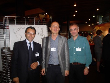 Правозащитники Аваз Гасанов (Азербайджан),  Йохим Франк (Австрия),  Андрей Миронов (Россия) в Совете Европы,  Страсбург,  2006г.