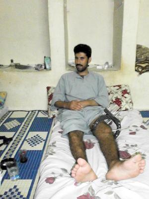 Ахмед - бывший сельский учитель, солдат Свободной армии на реабилитационной квартире в Турции