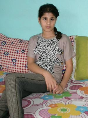 Хала. 12 лет. г.Урфа. Когда город бомбили, в семье погибло двое детей, Хала была тяжело ранена.