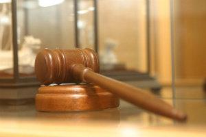 Суд обязал нападавшего выплатить жертве 192 тысячи рублей