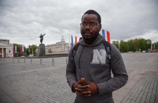 Beaten Up, Expelled, Reinstated. The Story of Boris Desten Missamu