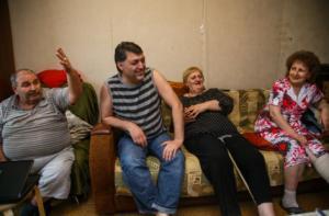 Ceux de l'ancienne guerre : les réfugiés originaires des pays du Caucase continuent toujours à l'heure présente de se battre pour leur logement