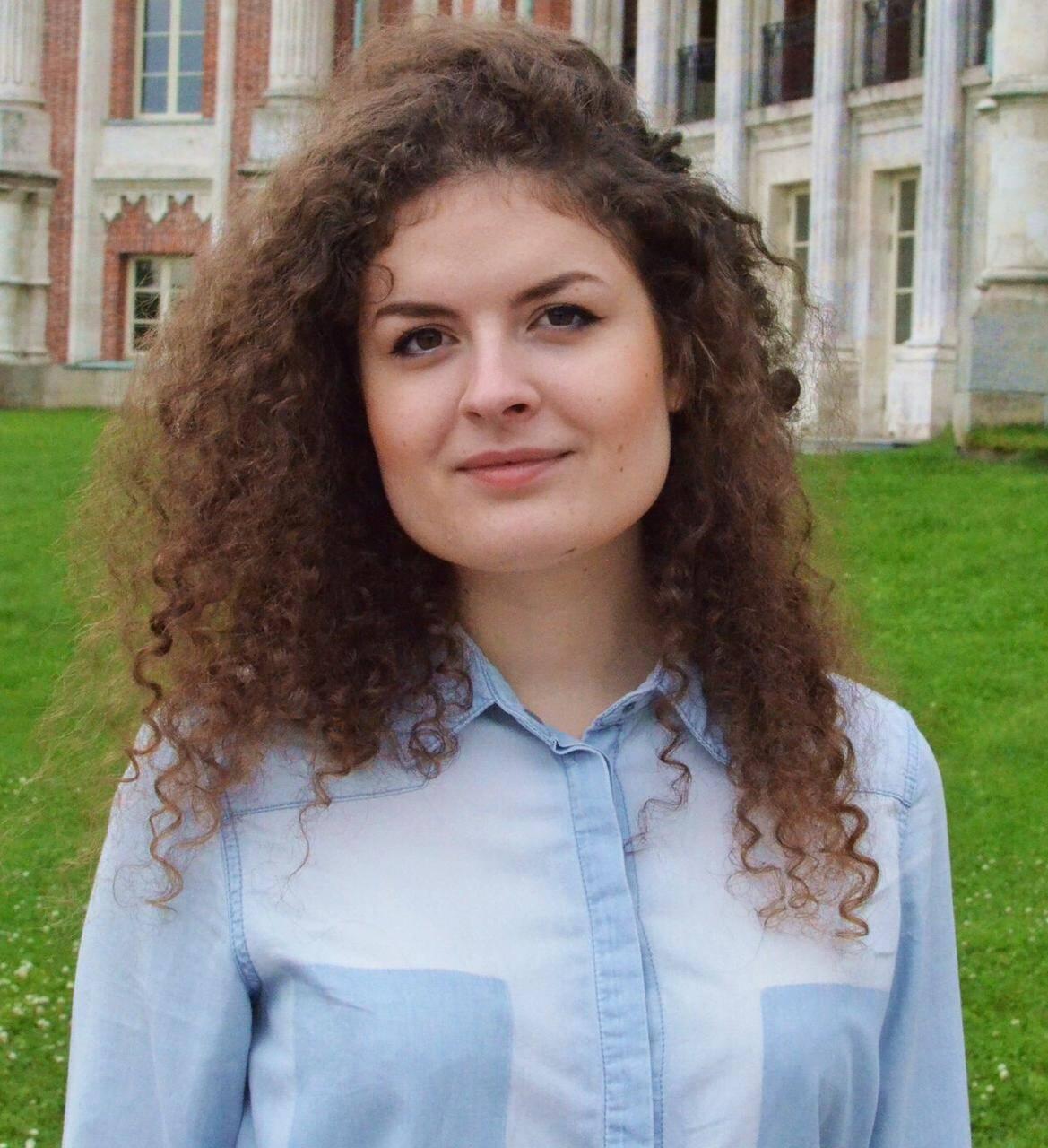 Настя Николаева