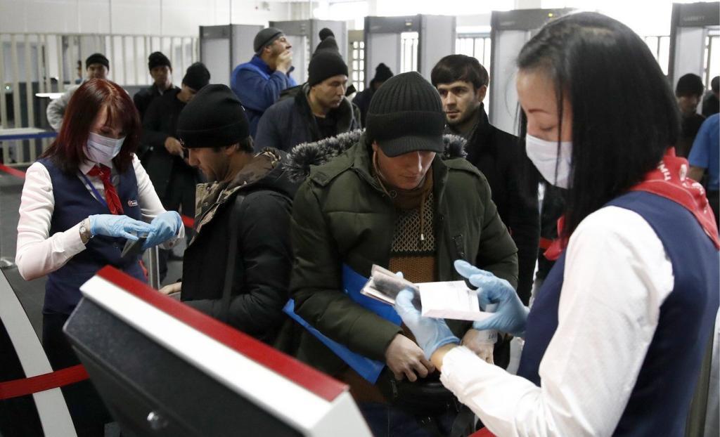 Тюрьма без срока. Иностранцев не могут выдворить и не отпускают из центров временного содержания