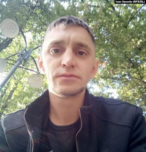«Это Россия, можно и всю жизнь просидеть». Как мигрантов лишают свободы